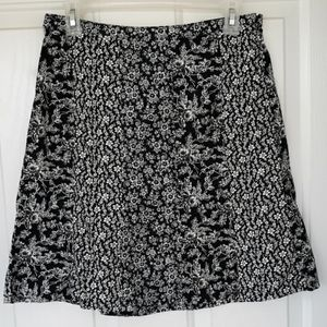 Loft Ann Taylor skirt Black White Floral Skirt
